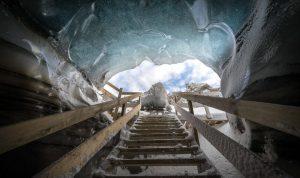 ledová jeskyně Island