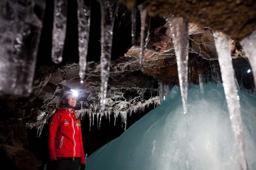 Exkurze do lávové jeskyně