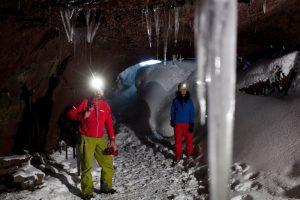 jeskyně na Islandu