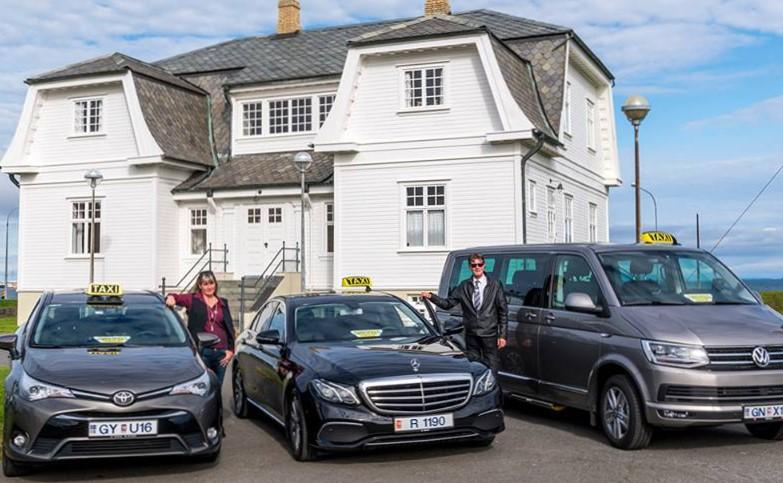 Taxi služba na Islandu