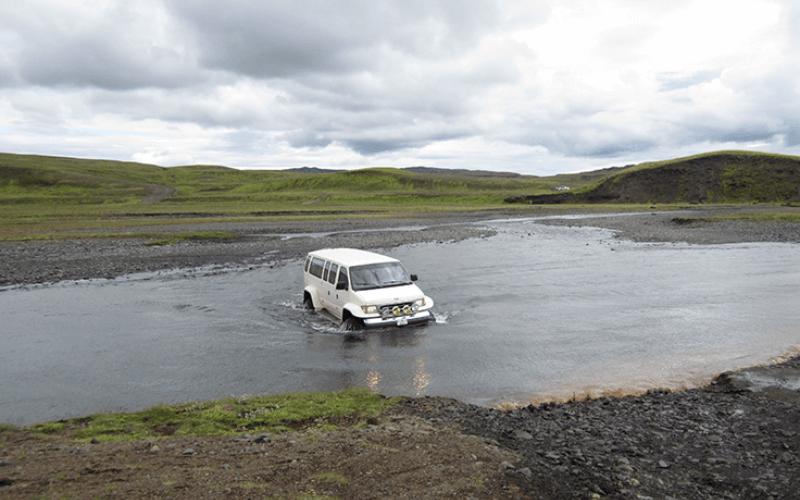 Exkurze v Super Jeepu do Fjadrargljufur kaňonu