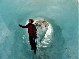 Ledovcová jeskyně