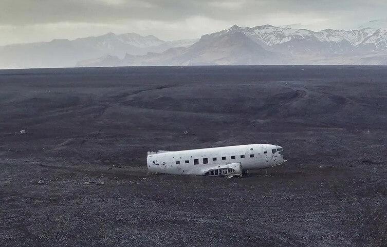 letadlo DC3 na Islandu